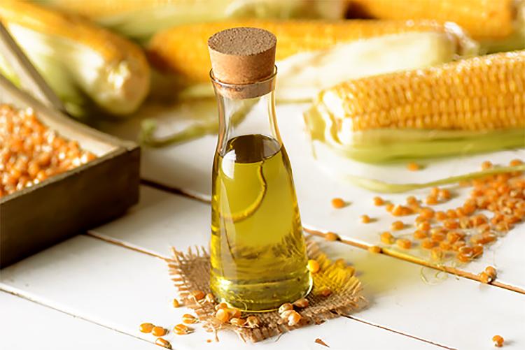 Olej z kukurydzy dla dobra skóry, włosów i paznokci